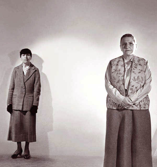 gertrude stein and alice b toklas relationship questions